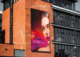 HEYsign_banners_frontit_facade_klein