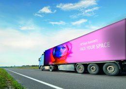 HEYsign_banners_truck-shutterstock-jonson+AnnaSubbotina